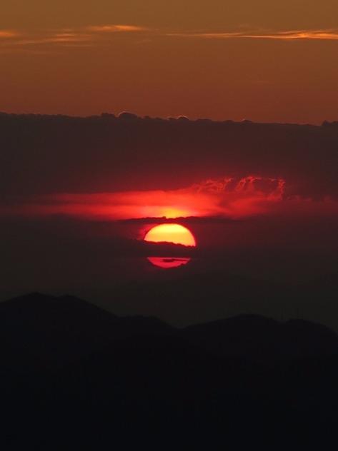 Por do Sol do Morro das Prateleiras. Foto: Alexandre Dupont.