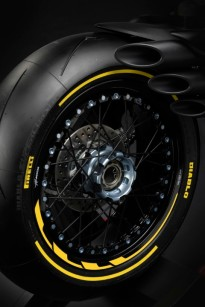 DRAGSTER 800 RR PIRELLI (12)